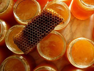 для изготовления используют пчелиный воск