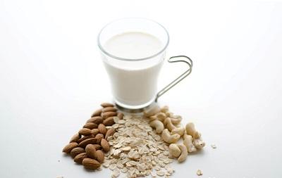 молоко с другими продуктами