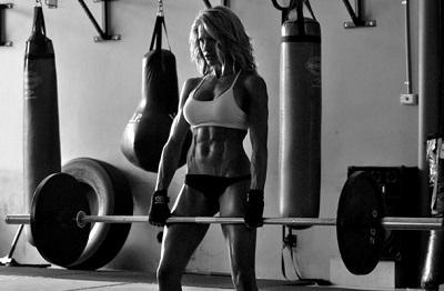 польза спорта для девушек