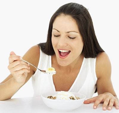Суточное потребление белка из еды